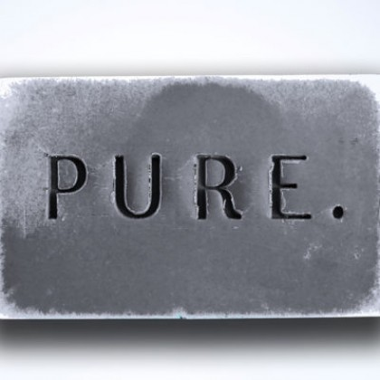 IDEE PURE Charcoal Bar – An all natural, purifying soap bar for face and body