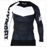HYPERFLY PROCOMP LONG SLEEVED RASH GUARD BLACK